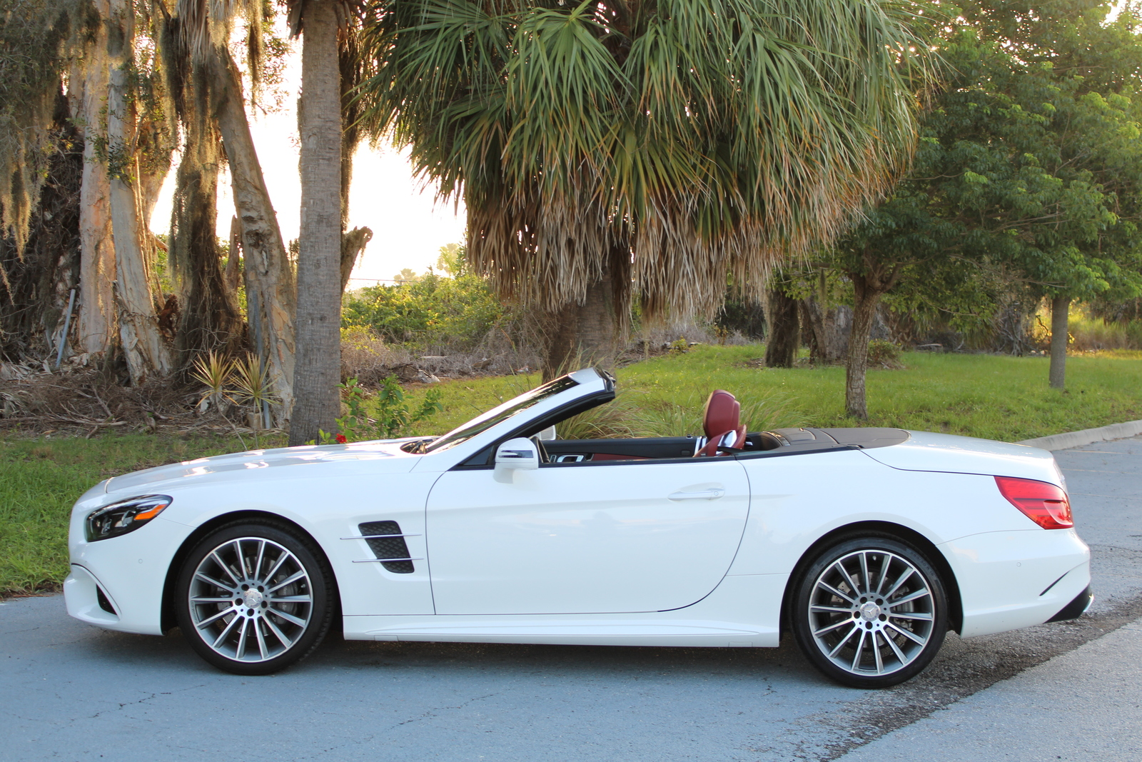 Pre-Owned 2017 Mercedes-Benz SL 450 SL 450